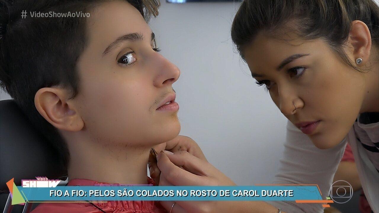 Acompanhe a caracterização de Carol Duarte para a fase de transição de Ivana
