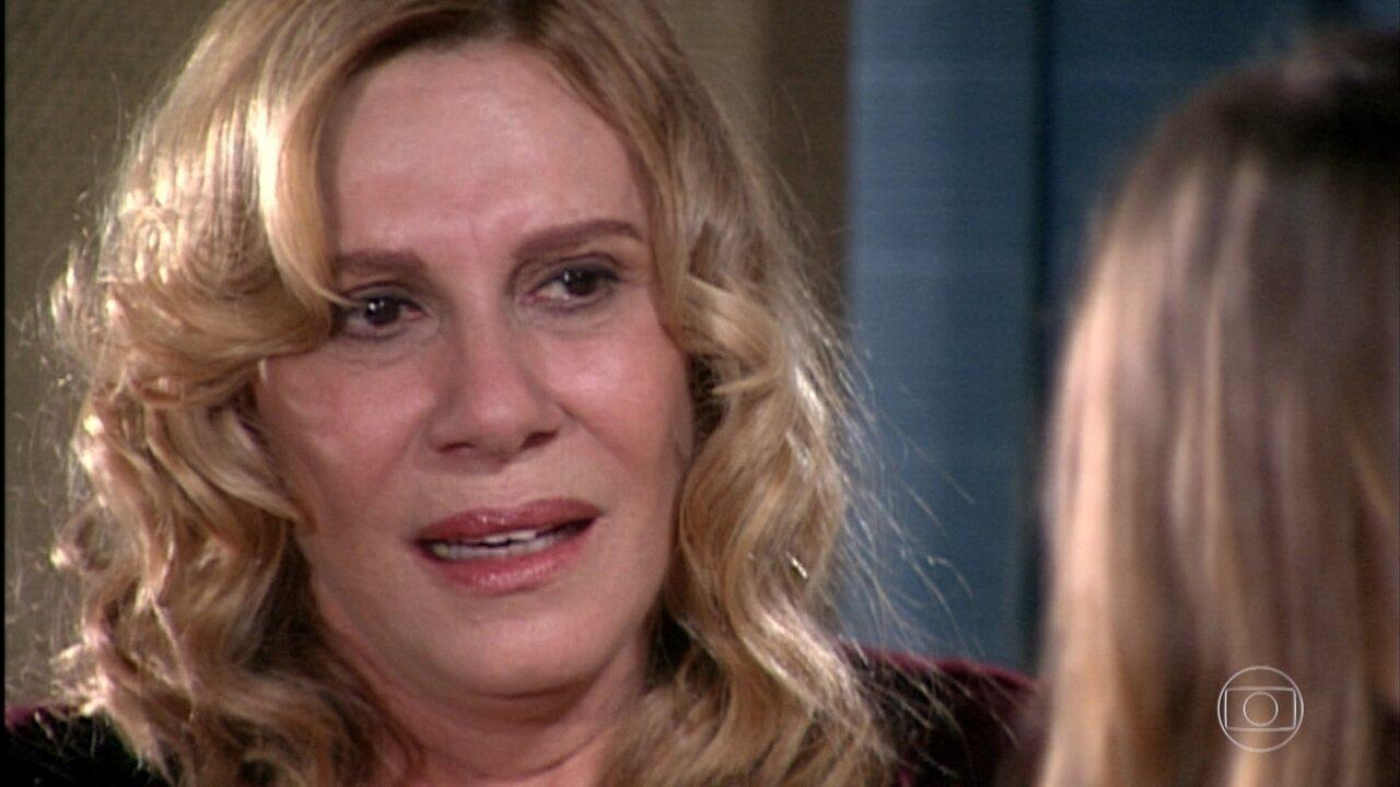 Nazaré revela que não é mãe de sangue de Isabel
