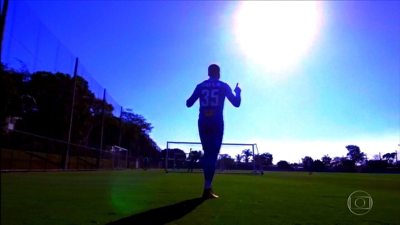 Jovem Murilo quer repetir a história de outro zagueiro pelo Cruzeiro