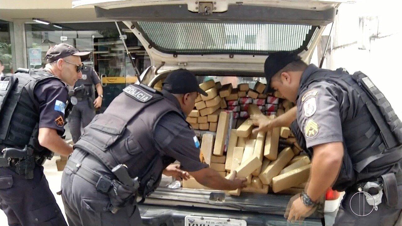Polícia apreende cerca de 350 kg de maconha em Campos, no RJ