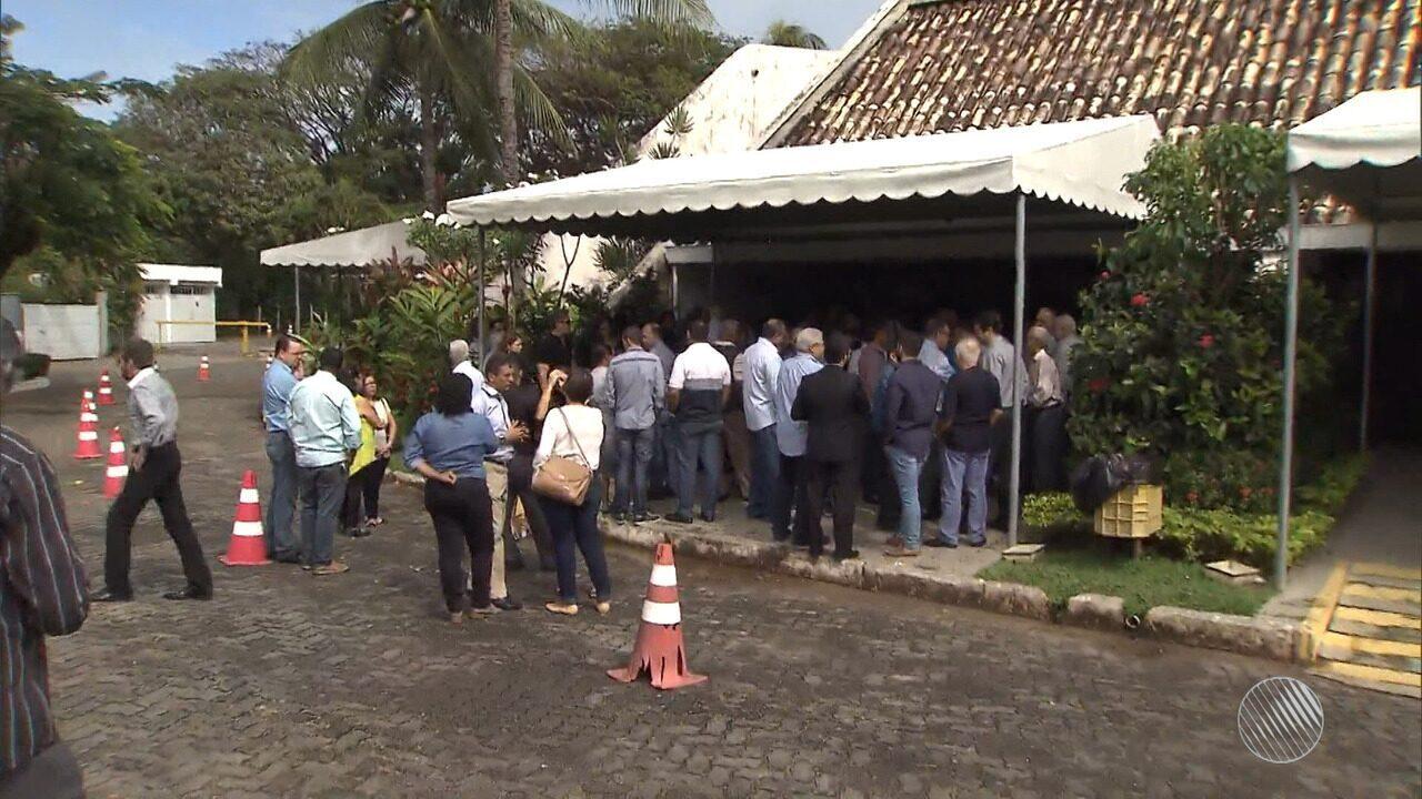 Cerimônia de cremação do corpo de Horácio Brasil é realizada em Salvador