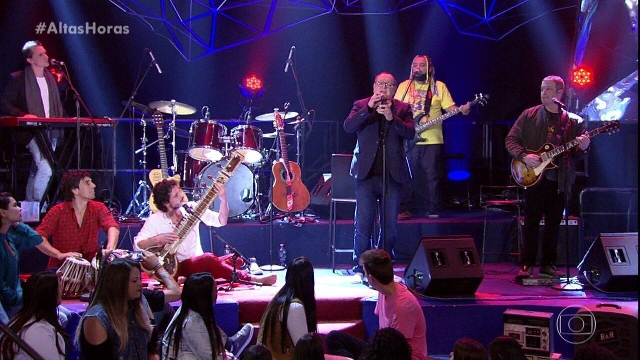 Walter Franco canta 'Coração Tranquilo'