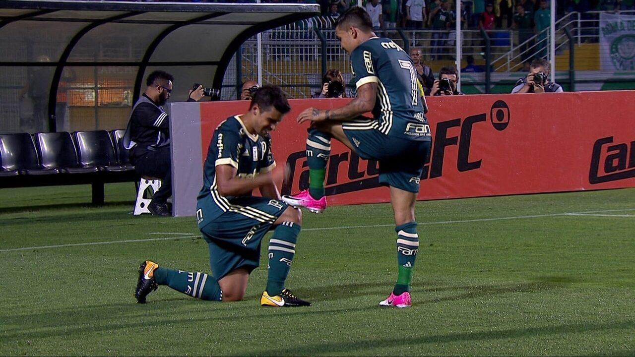 Gol do Palmeiras! Dudu invade a área e toca para Jean empurrar para dentro aos 39' do 1º T