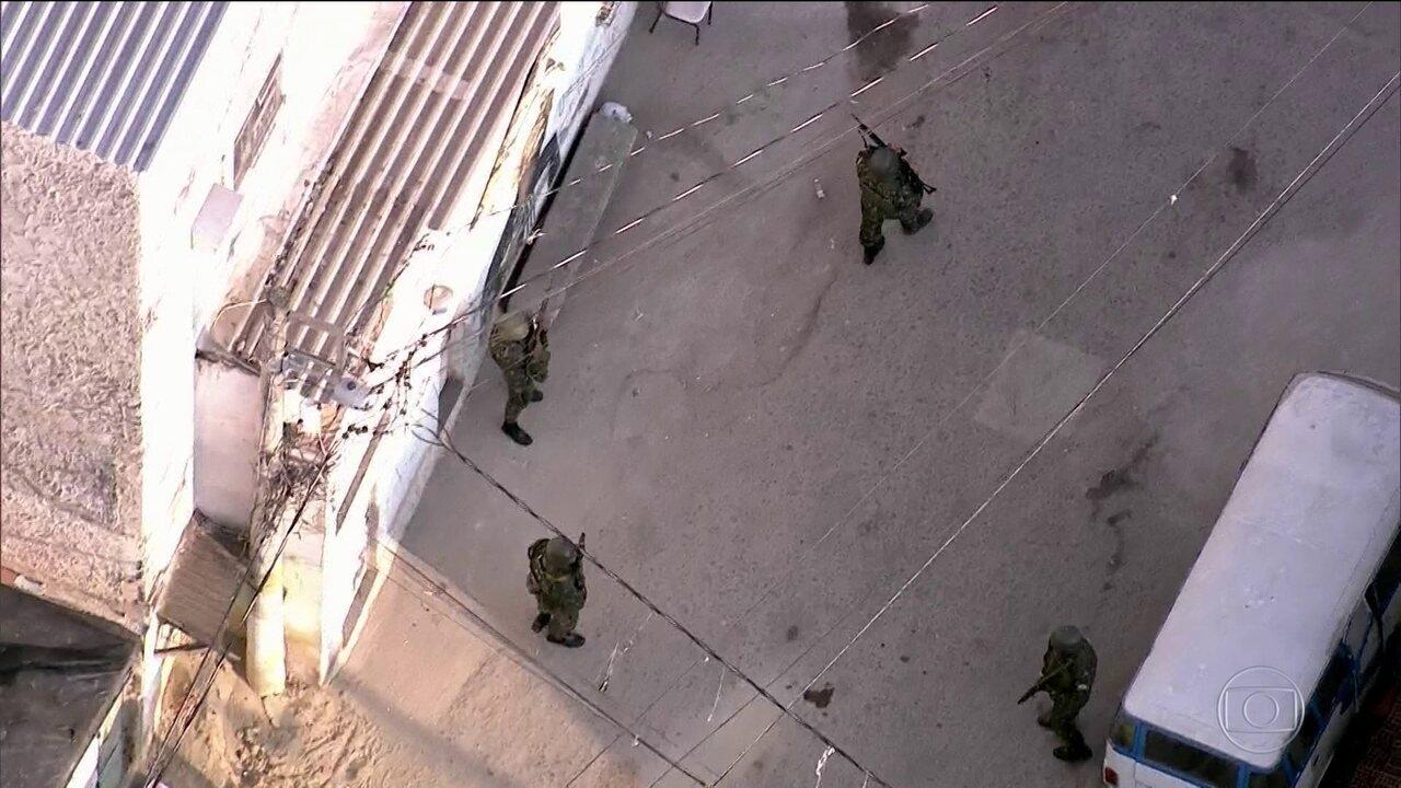 Polícia falhou, admite secretário após guerra da Rocinha no Rio