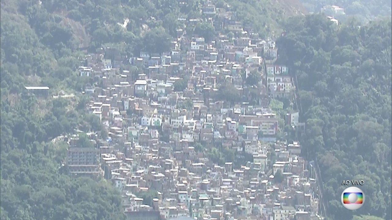Morros Dona Marta e da Rocinha têm manhã violenta
