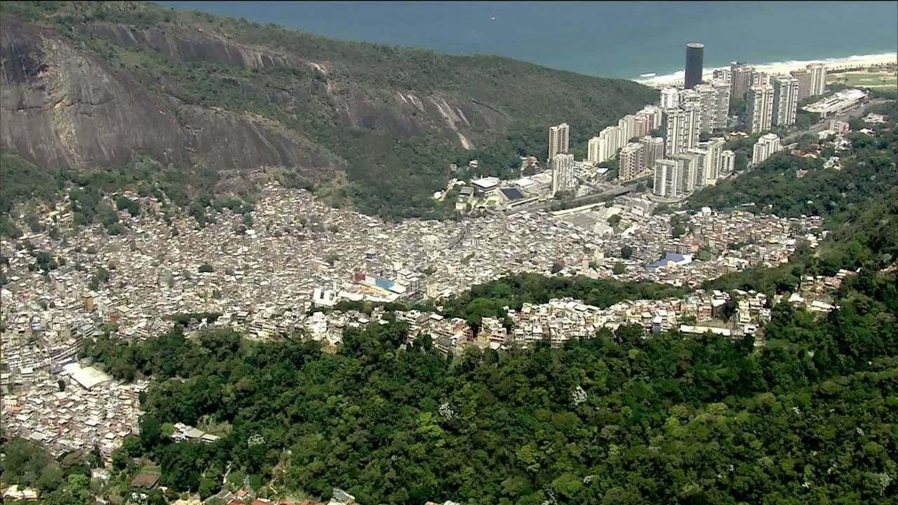 Resultado de imagem para favela da Rocinha