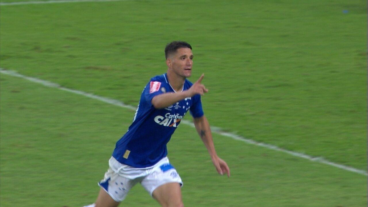 545668938d Thiago Neves cobra pênalti decisivo e dá título ao Cruzeiro na Copa do