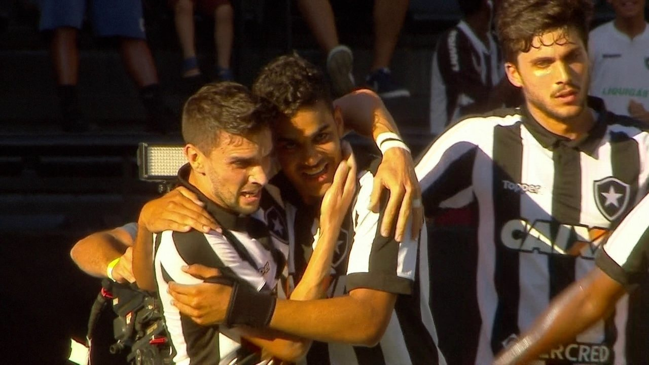 Brenner já marcou três gols pelo Botafogo 58945c358a679