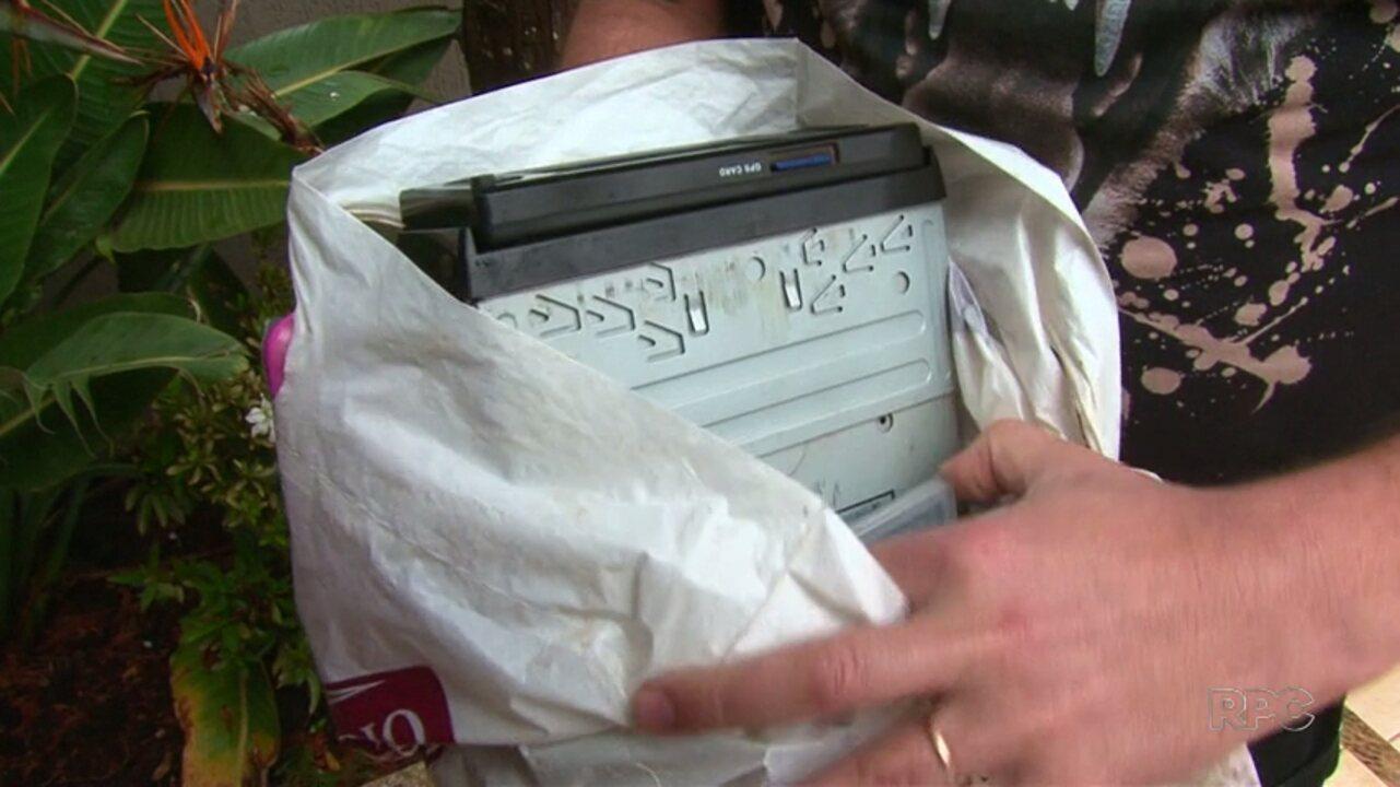 Ladrão se arrepende, devolve carro e pertences roubados e pede perdão em carta