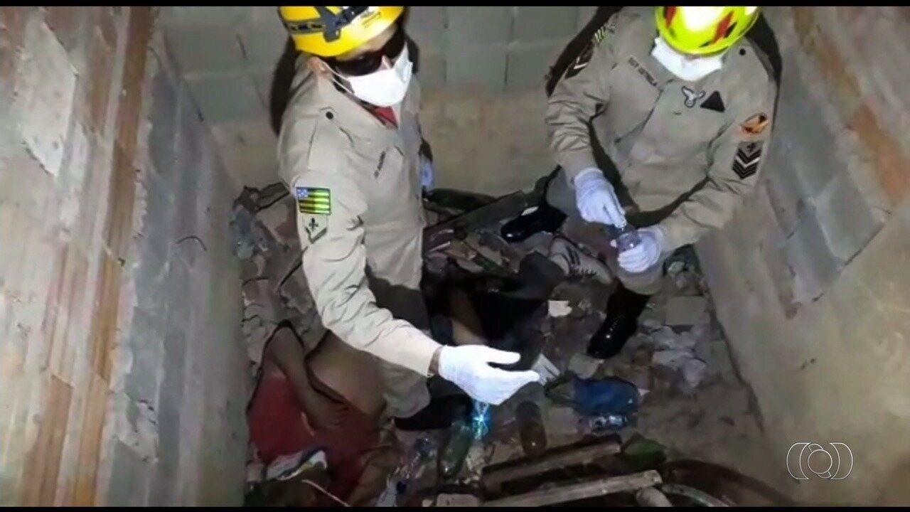 Idoso cai em fosso de elevador de obra e é resgatado 4 dias depois, em Goiás
