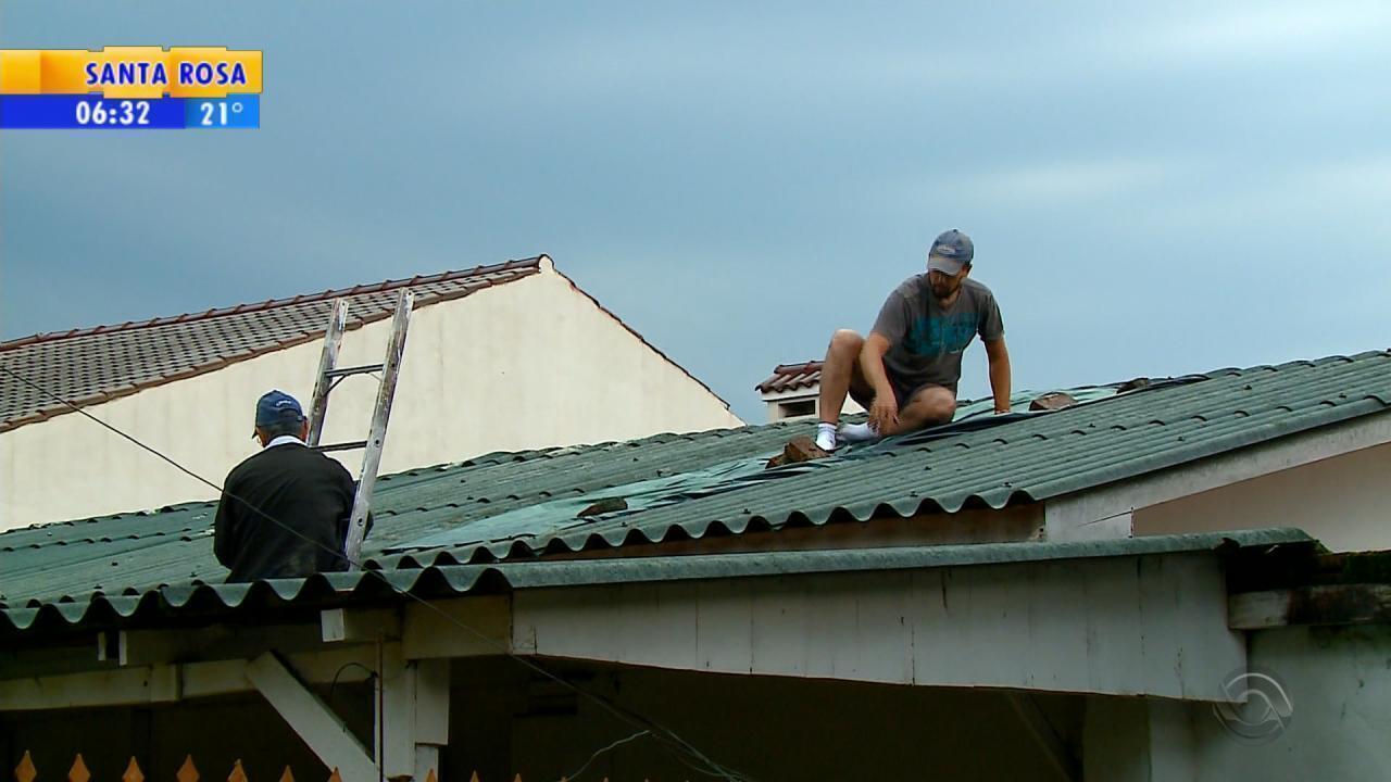 Queda de granizo danifica casas em Santo Ângelo