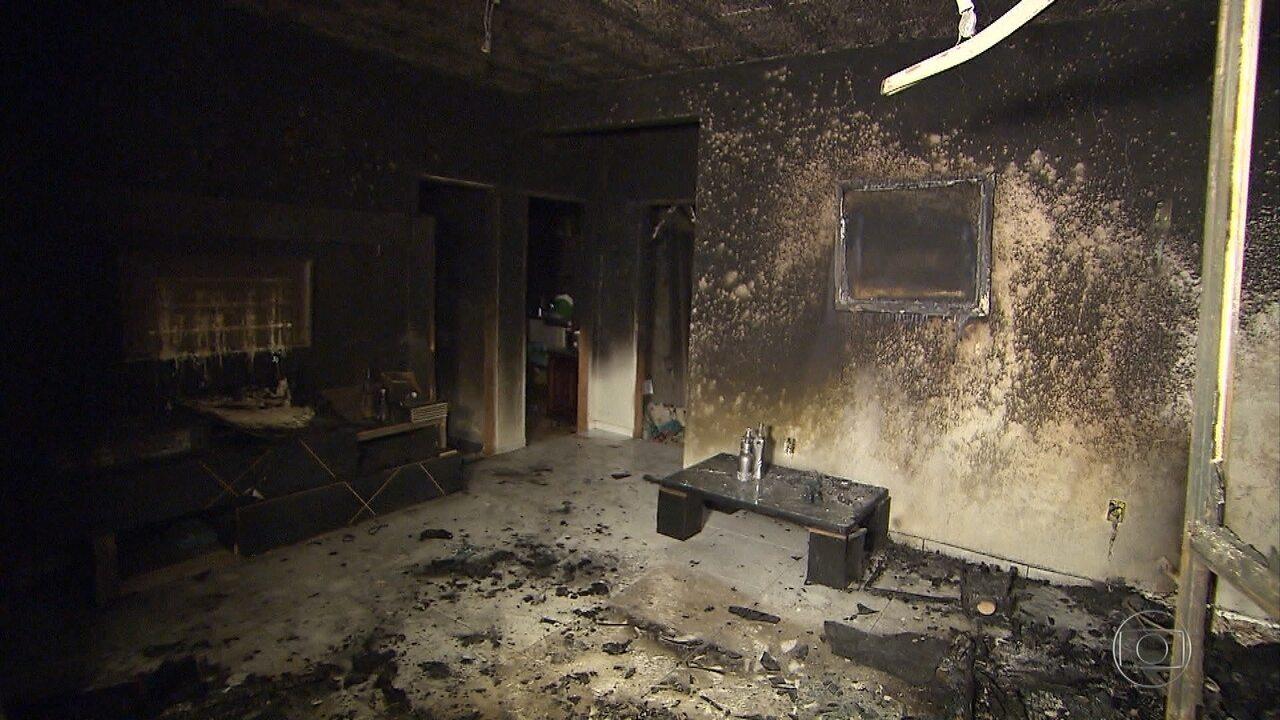 Mulher tem queimaduras após casa ser incendiada na Grande BH; ex-namorado é suspeito