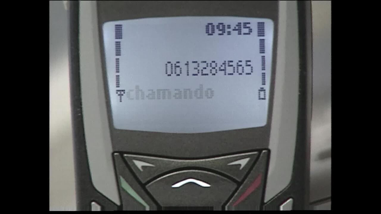 Em imagem de arquivo, inventor do Bina comenta ferramenta