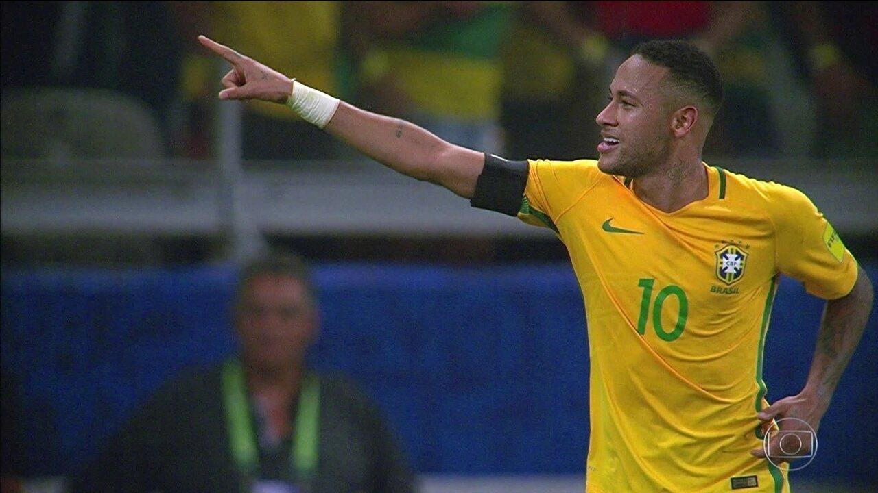 Estatística aponta  Neymar passaria Pelé na artilharia da Seleção em ... 6074f85acf9b5