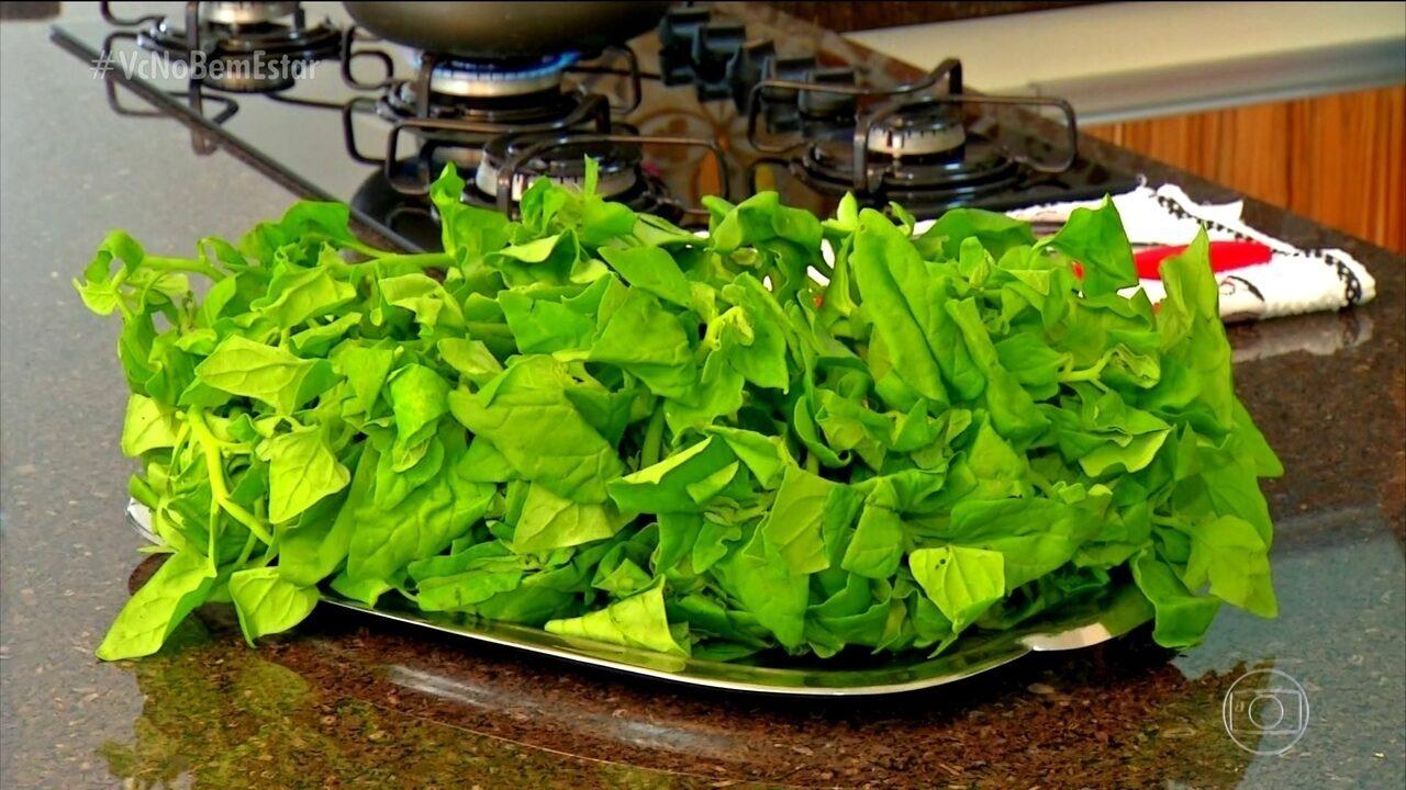 Espinafre é rico em cálcio, ferro e fósforo