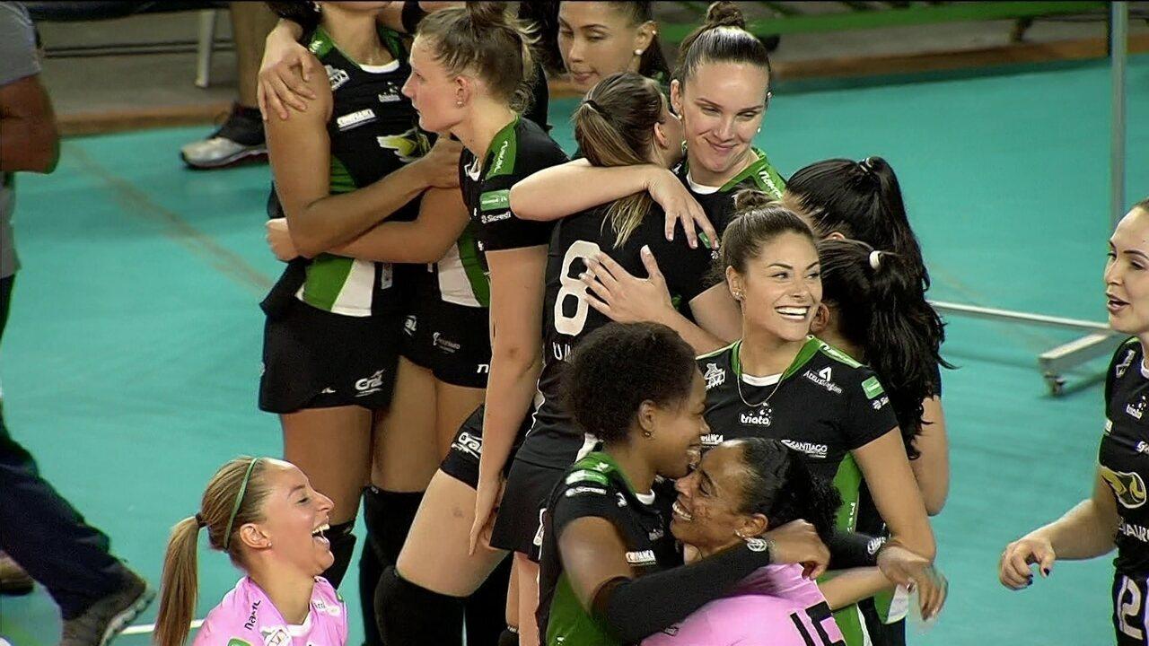 Melhores momentos de Bauru 3 x 1 Fluminense pela Superliga de vôlei feminino