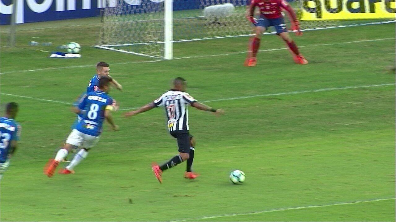 Os gols de Cruzeiro 1 x 3 Atlético-MG pela 30ª rodada do campeonato Brasileiro