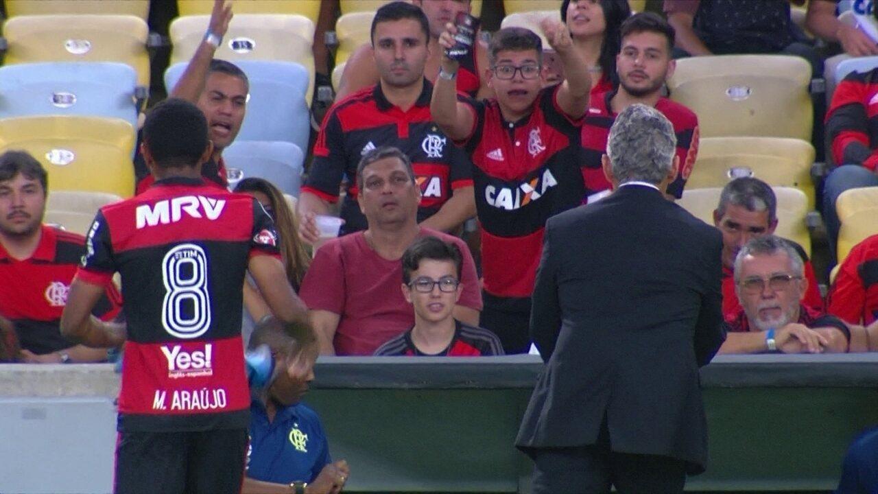 Rizek vê exagero de torcedores do Flamengo com relação a Márcio Araújo