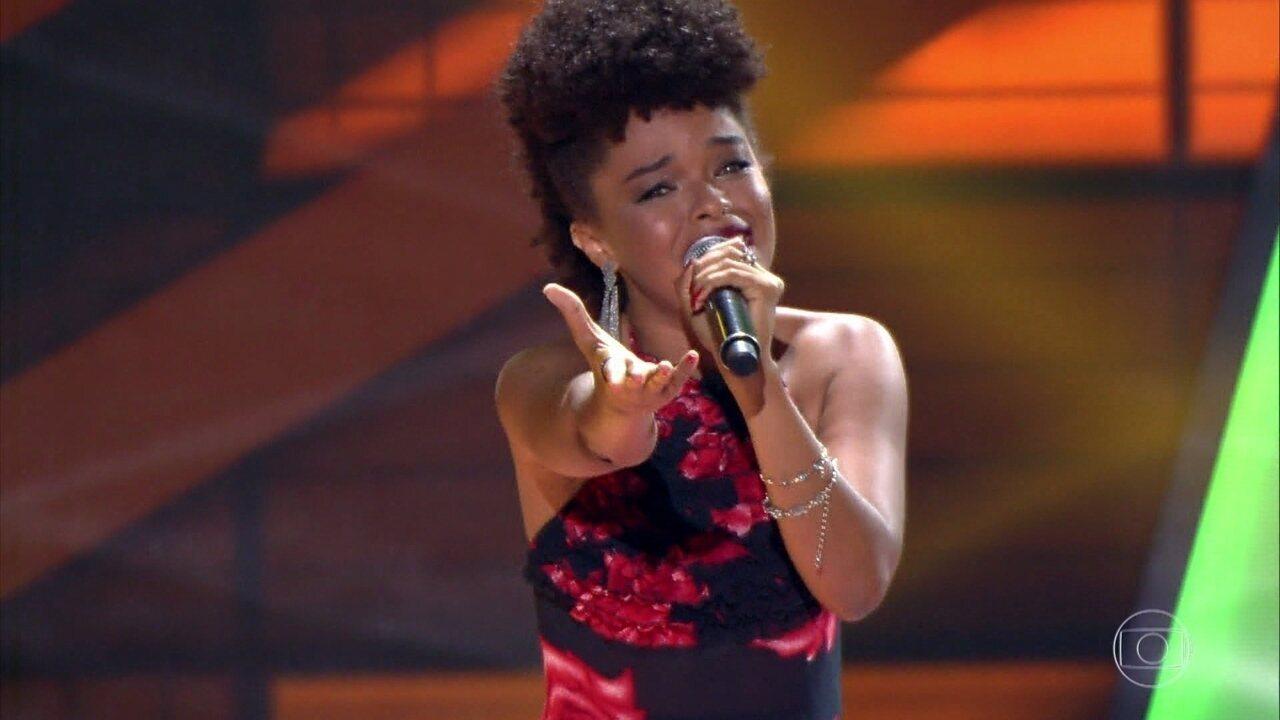 Gab Ferreira canta