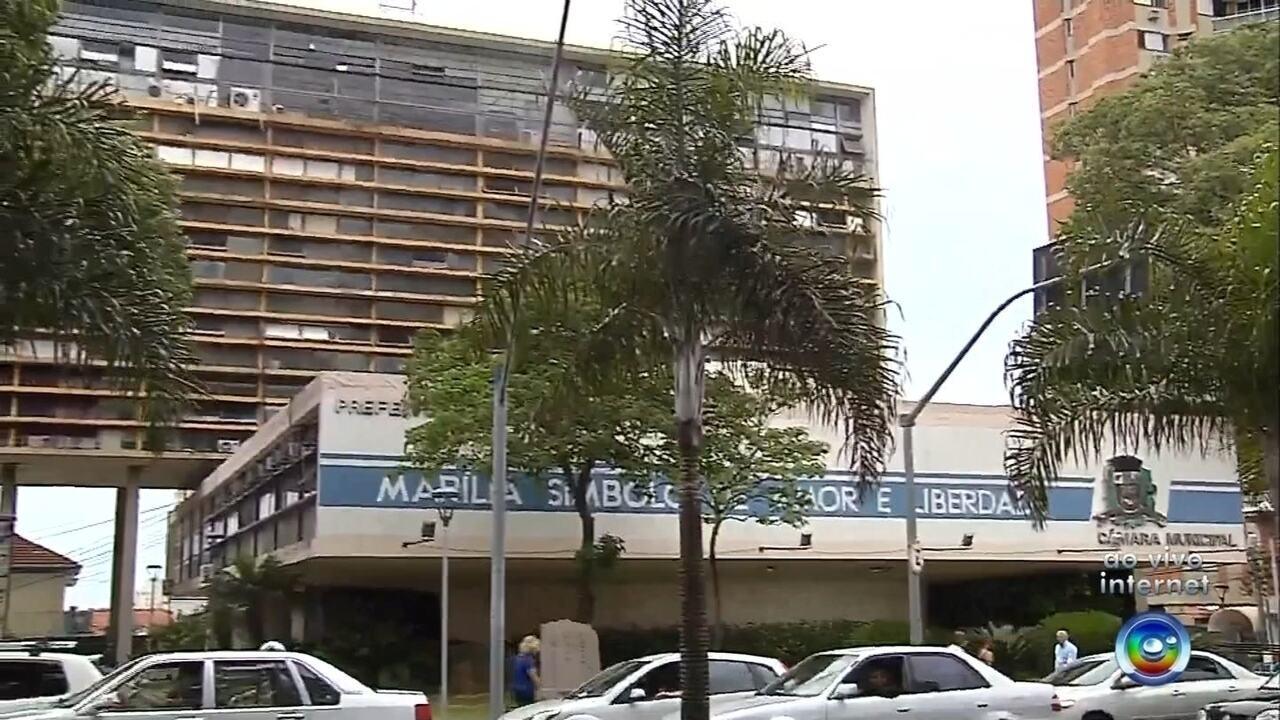 Prefeitura de Marília consegue liminar para manter comissionados