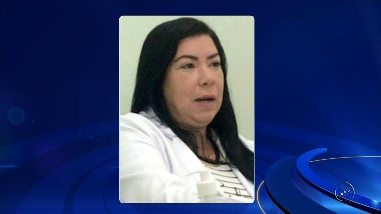 Falsa médica pesquisou no Google diagnóstico para nariz quebrado, diz paciente