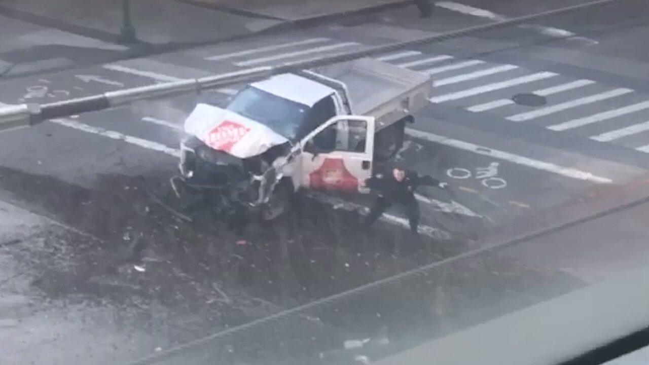 Vídeo mostra prisão de suspeito de atropelamento em NY; há mortos e feridos