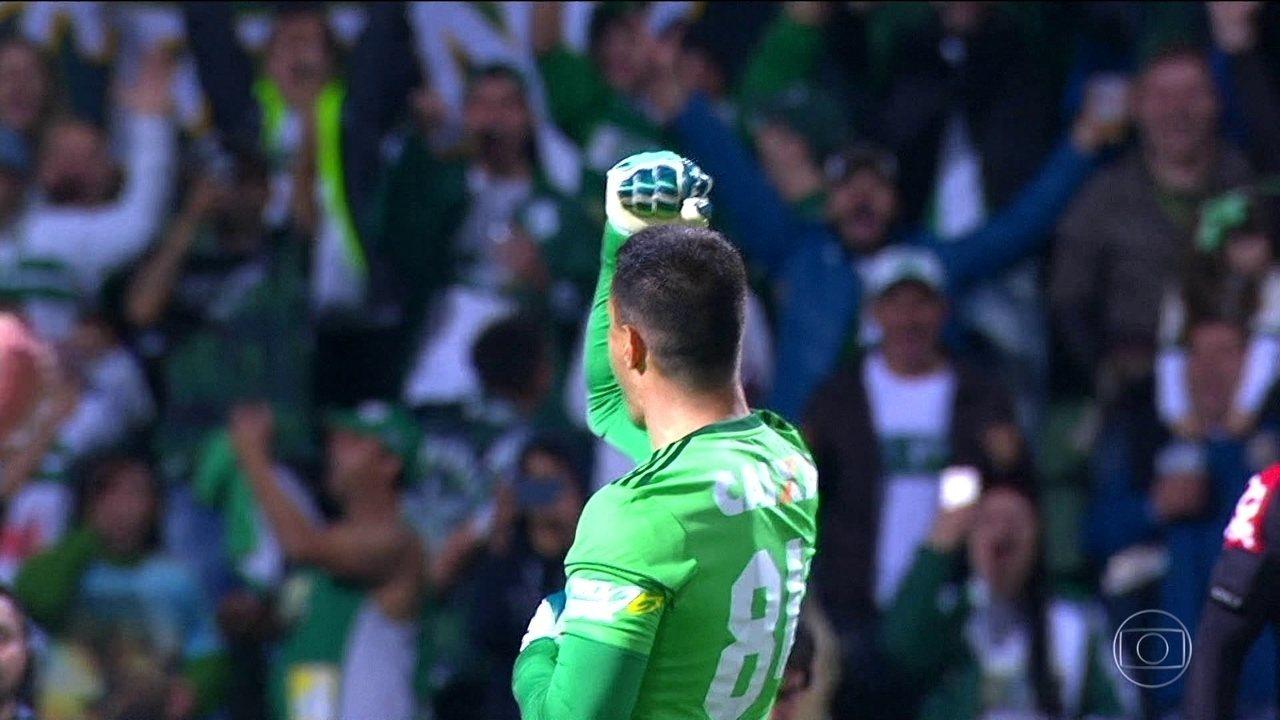 Tiago Real anotou o terceiro gol na goleada do Coritiba