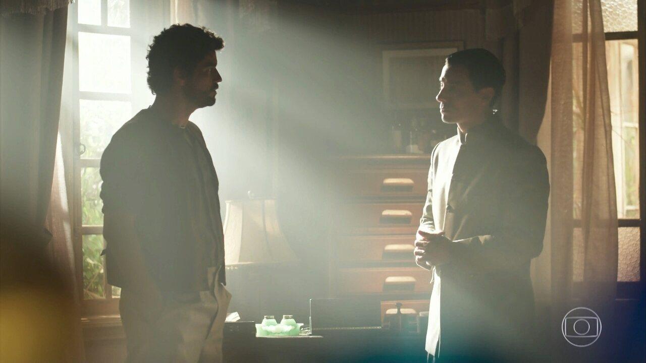 Inácio chega à casa em São Vital e diz que será o Lar dele com Lucinda