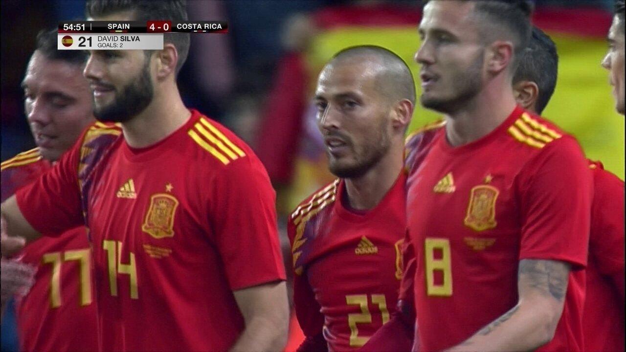 Gol da Espanha! David Silva rouba bola e amplia, aos 09' do 2º tempo