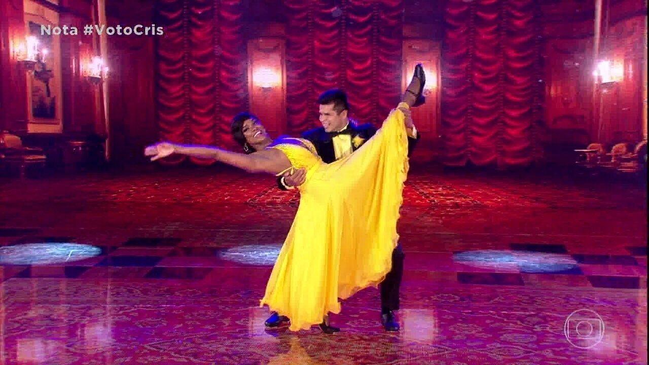Cris Vianna e Rodrigo são a segunda dupla a se apresentar