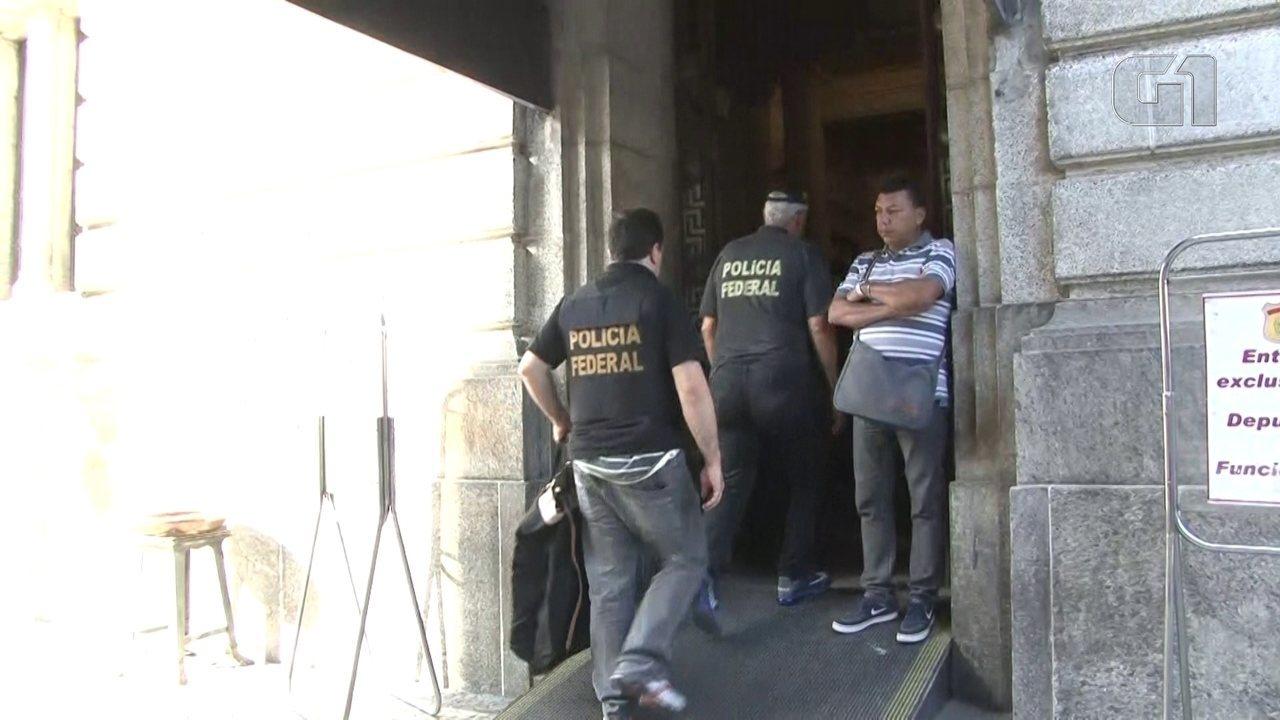 PF apreende computadores e documentos na Alerj na operação Cadeia Velha