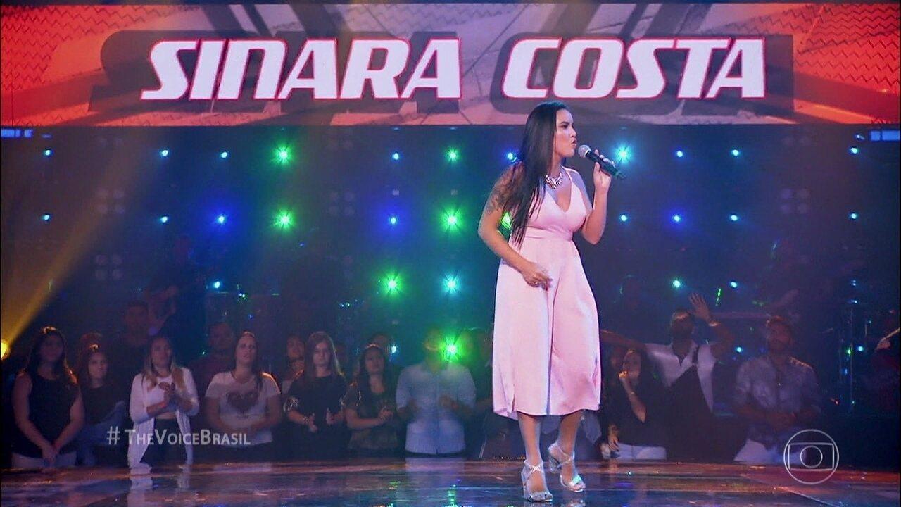 Sinara Costa canta