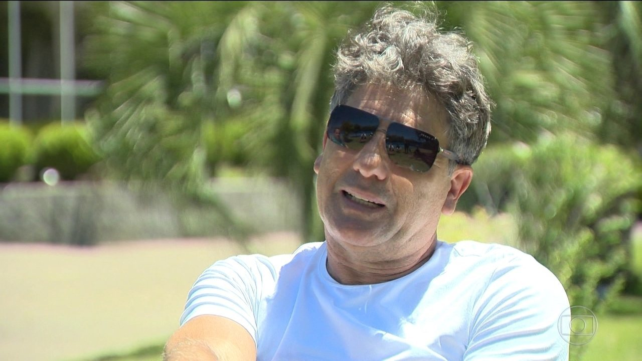 e3e8cc16be Luan é o Renato Gaúcho do time de 1983  Técnico evita comparações ...