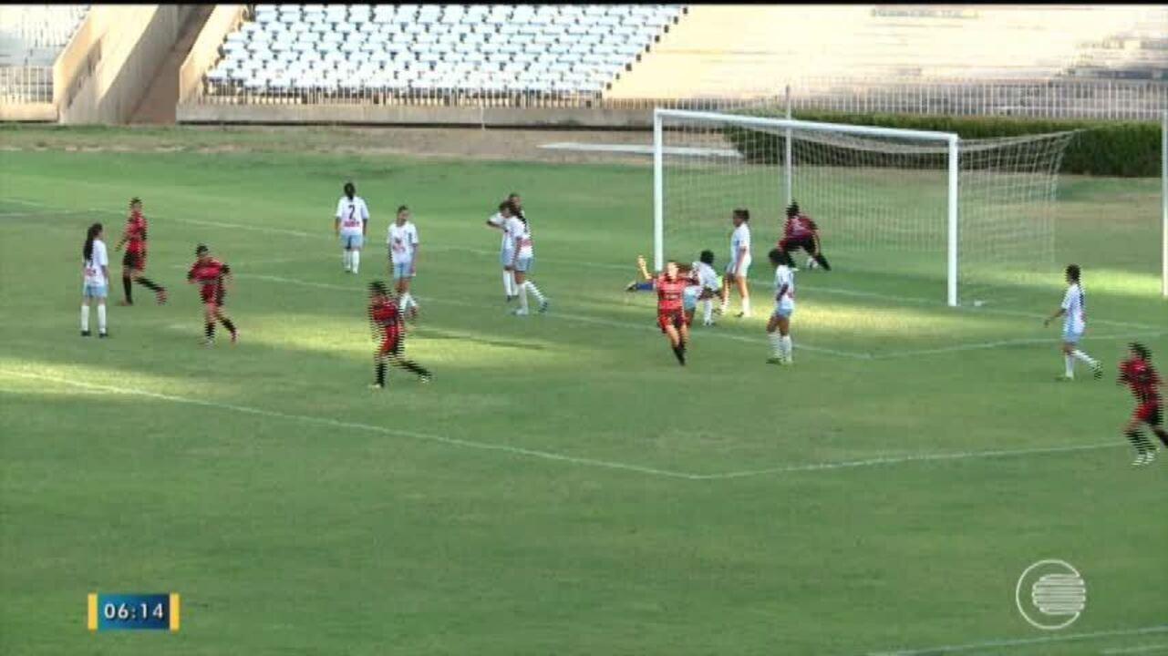 Marathaoan goleia Flamengo-PI na estréia do Campeonato Piauiense de Futebol  Feminino 2017 9f0e8ef57a5e5