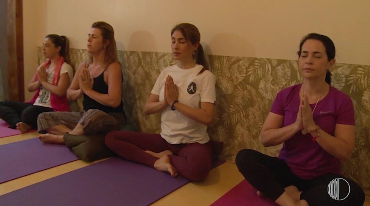 Conheça o poder transformador da Yoga