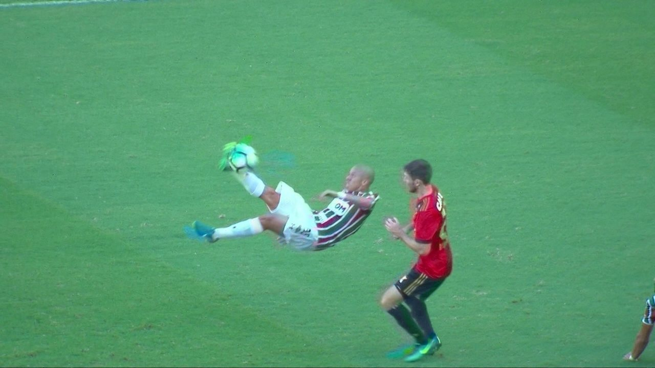 Os melhores momentos de Fluminense 1 x 2 Sport pela 37º rodada do  Brasileirão ec1bc4e6334d1