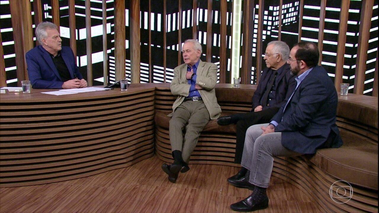 Bial questiona convidados sobre possível causa da morte de Paulo Francis