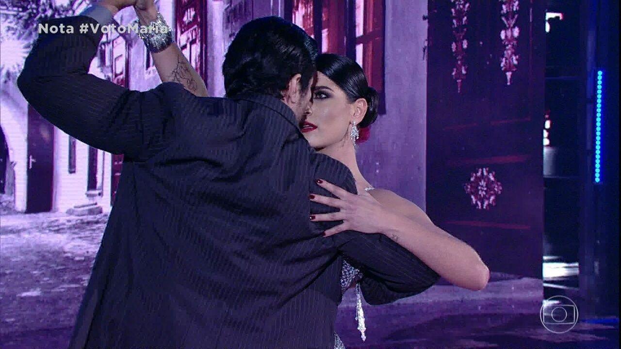 Maria Joana é aplaudida de pé dançando tango