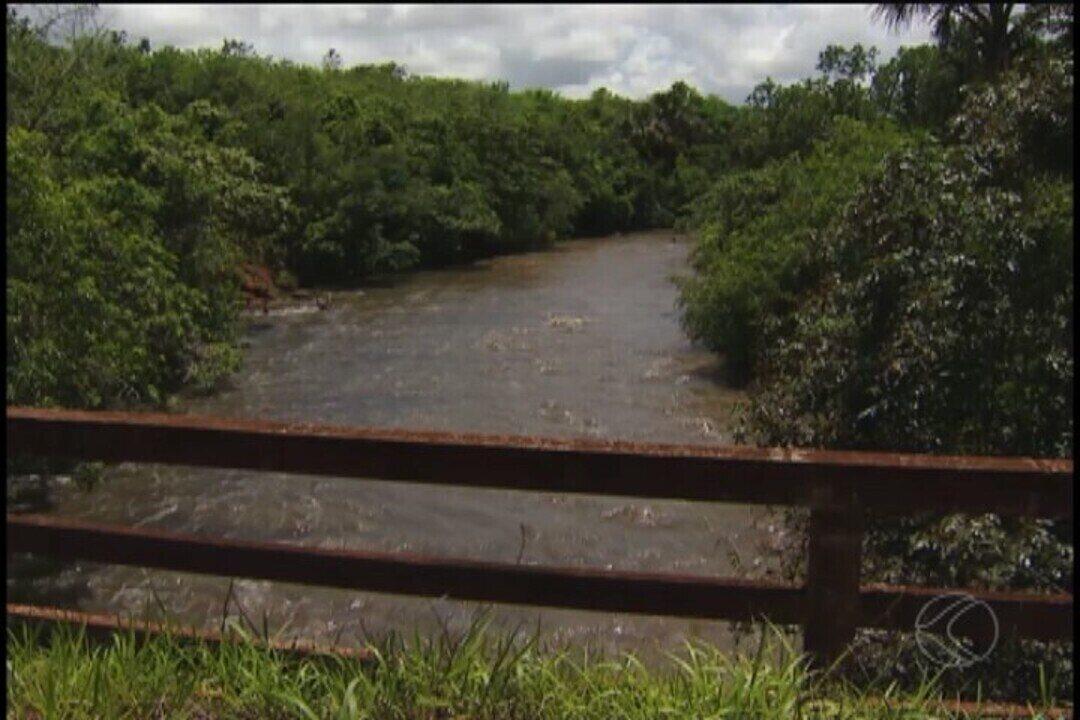 Audiência em Tupaciguara debate disputa por água entre produtores e usina de energia