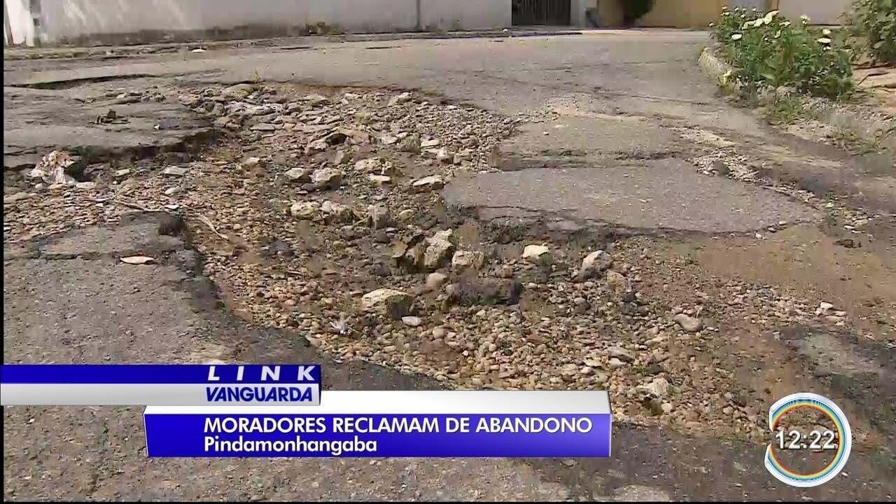 Moradores do bairro Mantiqueira, em Pinda, reclamam de abandono