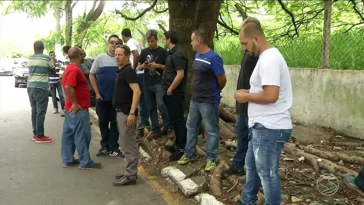 Motoristas de aplicativo em Volta Redonda reclamam de armadilhas para furar pneus