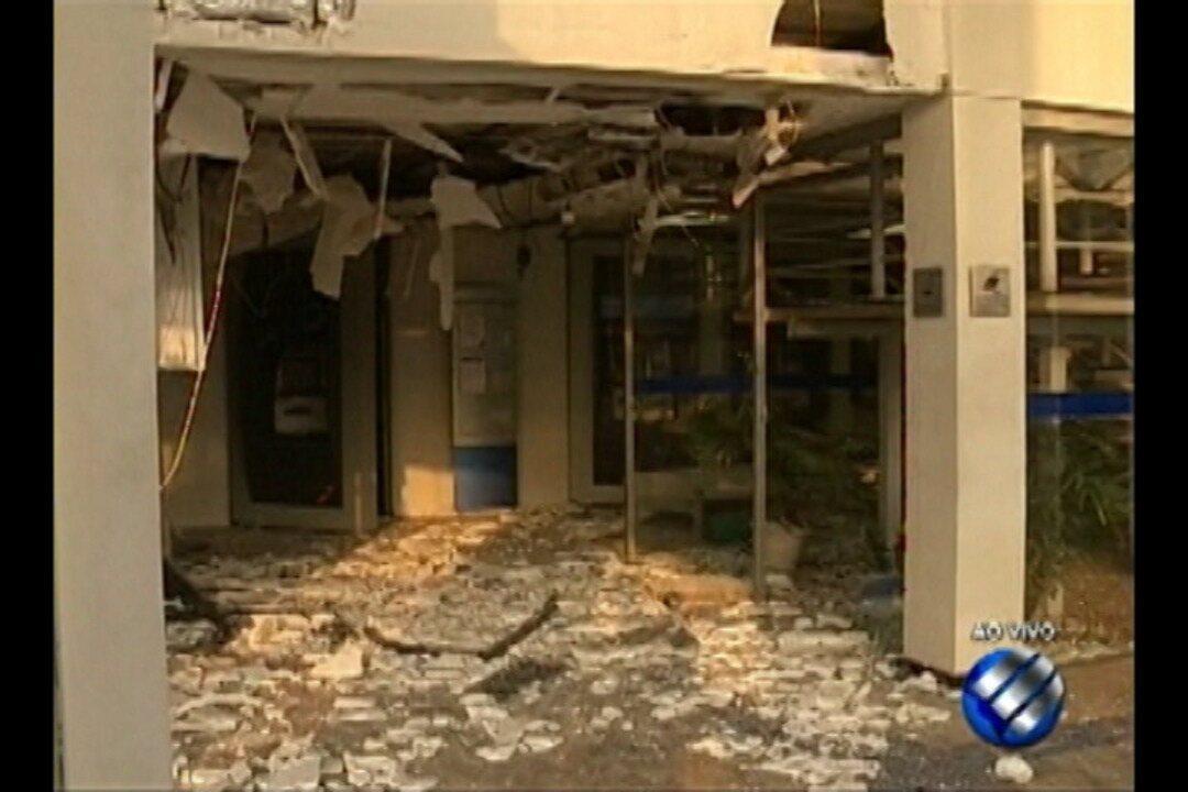 Bandidos tentam assaltar agência bancária na BR-316, em Ananindeua