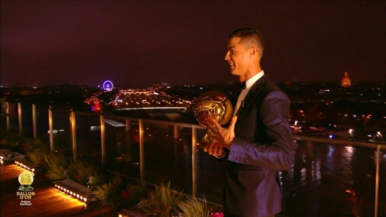 Cristiano Ronaldo recebe quinta Bola de Ouro da carreira