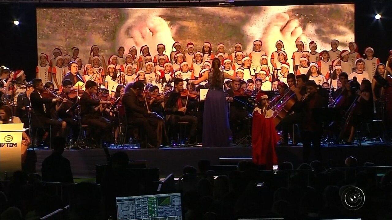 Vozes de Natal emociona mais de 5 mil pessoas em Rio Preto