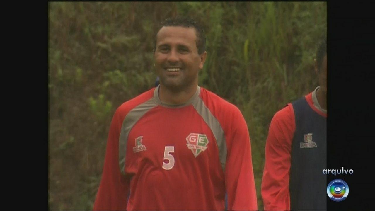 Ex-lateral de Palmeiras e Corinthians, Rogério é preso por não pagar pensão