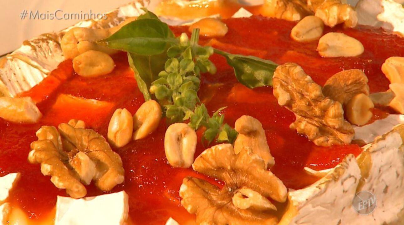 Fernando Kassab mostra a receita de um patê de pimentão