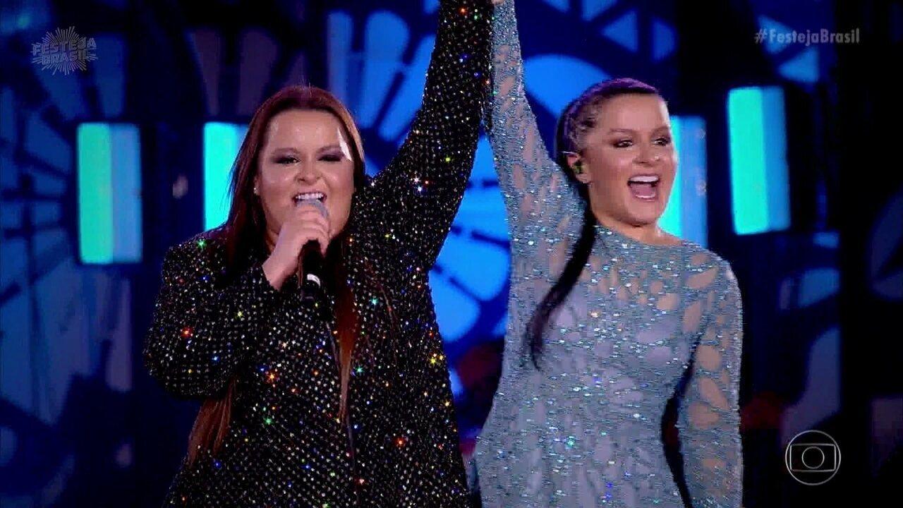 Maiara e Maraisa soltam a voz com 'Sorte Que Cê Beija Bem'