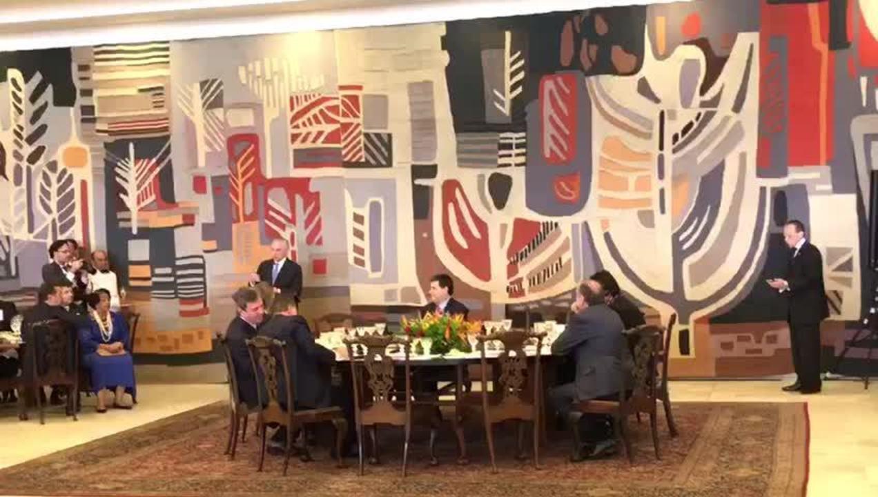 Temer e presidentes de países do Mercosul fazem brinde durante encontro da cúpula do bloco em Brasília
