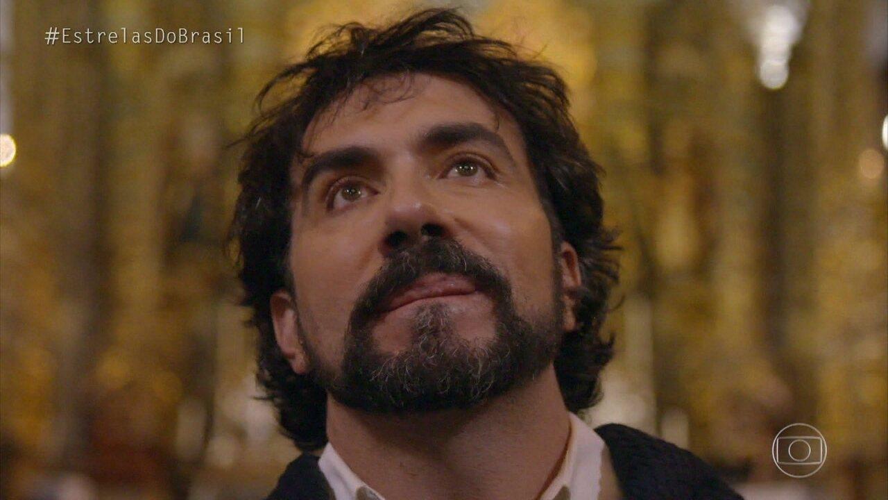 Padre Fábio de Mello se emociona com surpresa em igreja de Ouro Preto