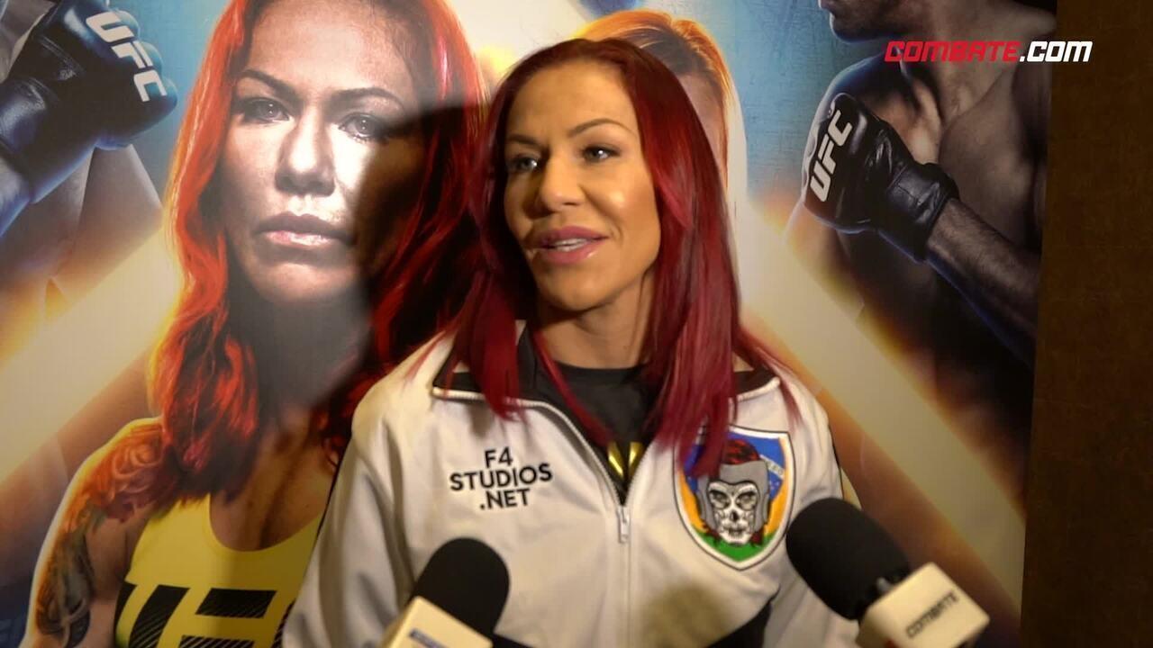 """Cyborg sobre luta com Amanda: """"Prefiro com alguém do meu peso, mas se não tiver jeito"""